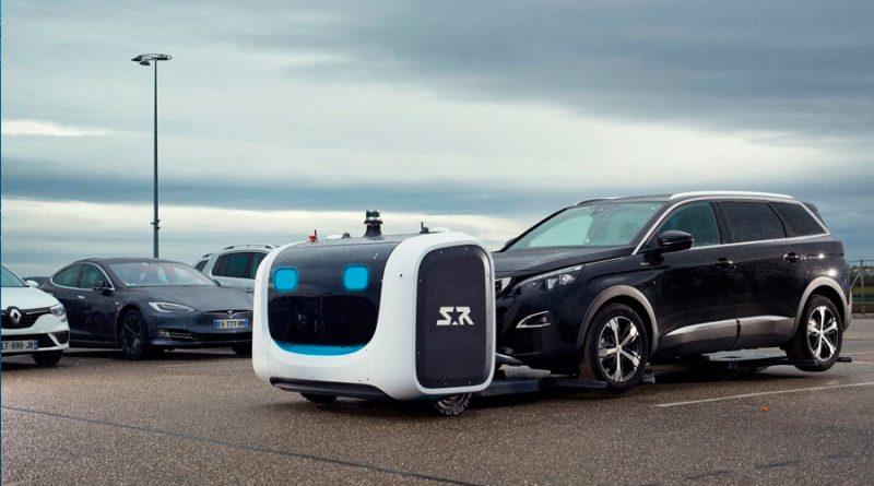 Stan, el robot autónomo aparcacoches que ya funciona en el Aeropuerto de Lyon