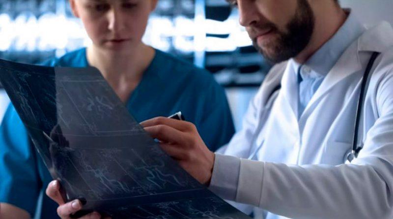 Tumores de un paciente con cáncer se reducen tras sufrir covid-19, descubren médicos