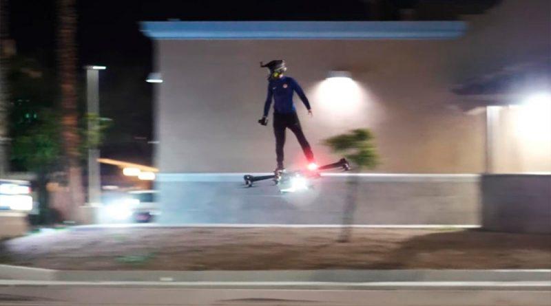 Regreso al Futuro (o el Duende Verde) es real: el primer Hoverboard volador existe