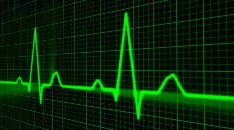Crean unos parches electrónicos ultrafinos que pueden controlar el pulso y la presión arterial del usuario