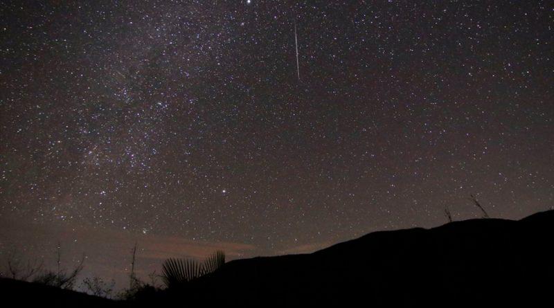 Restos de cometa Halley iluminarán el cielo con lluvia de estrellas