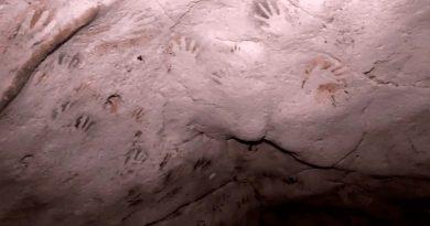Arqueólogos descubren en cueva mexicana huellas de manos con más de 1,200 años de antigüedad