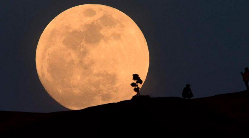 Sigue estos consejos para observar la superluna del próximo 26 de mayo
