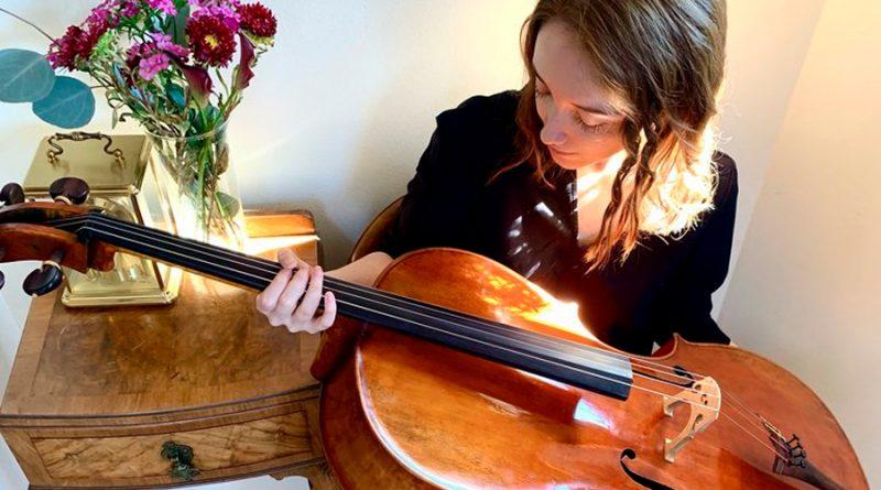 Una ingeniera que toca el violonchelo: quién es la estudiante mexicana que trabajará para Elon Musk