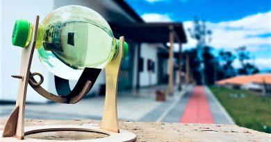 Ecuador: estudiantes crean una esfera de poder que mejora los paneles solares