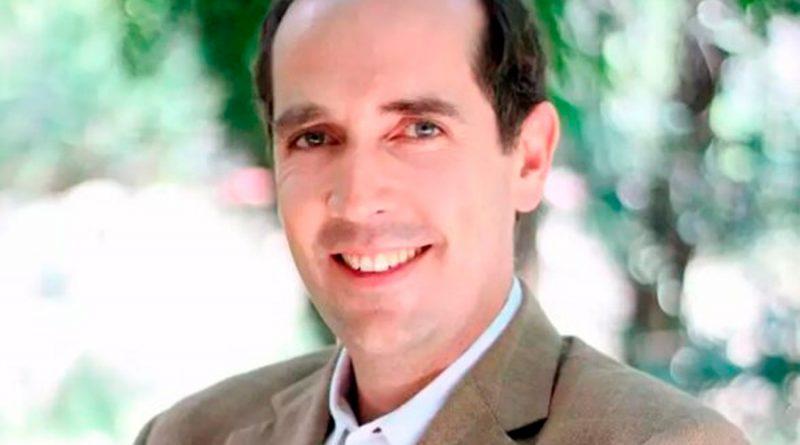Científico mexicano pide ayuda para regresar al país