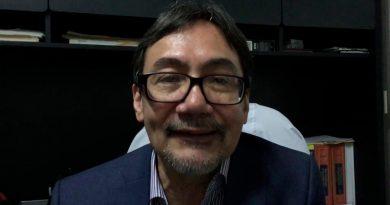 """""""Ninguna persona consume drogas con el propósito explícito de volverse adicto"""": Óscar Prospero García"""