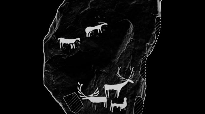 Hallan casualmente un grabado prehistórico al alumbrar con la linterna el techo de una tumba