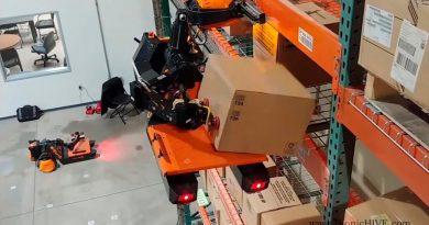 Estos robots de almacén autónomos escalan estanterías y colocan paquetes en cualquier lugar