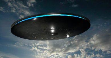NASA investigaría los recientes avistamientos de OVNIS