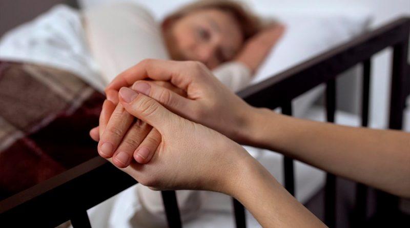 """""""Lucidez terminal"""": ¿por qué pacientes gravemente enfermos mejoran justo antes de morir?"""