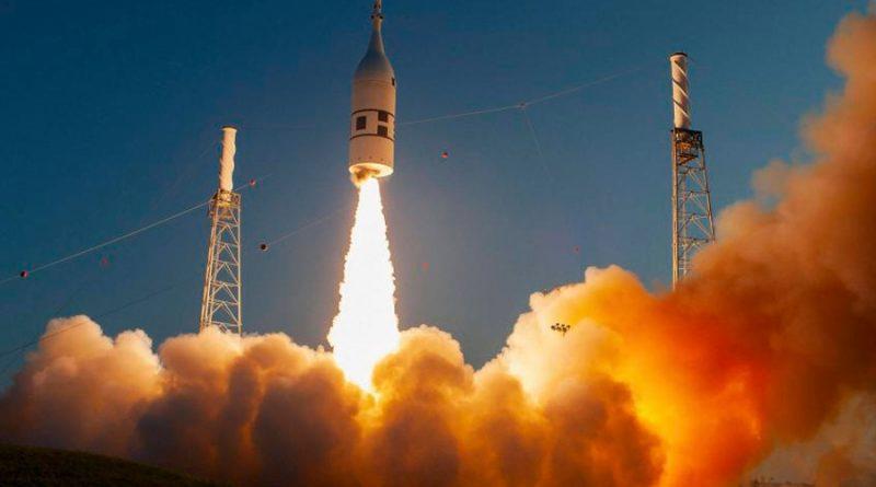 Virgin Galactic obtiene permiso para llevar clientes al espacio