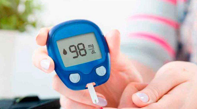 Desarrollan método para medir la glucosa a través de la saliva y así decirle adiós al pinchazo