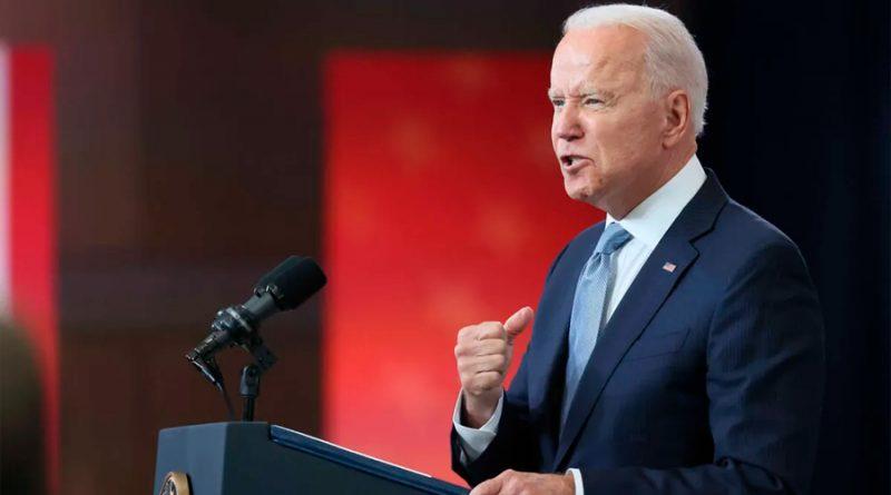 """Biden asegura que la difusión de noticias falsas sobre la covid en Facebook """"está matando gente"""""""
