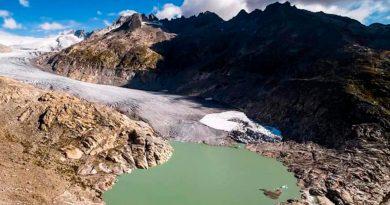 Deshielo por cambio climático genera más de mil lagos en los Alpes suizos