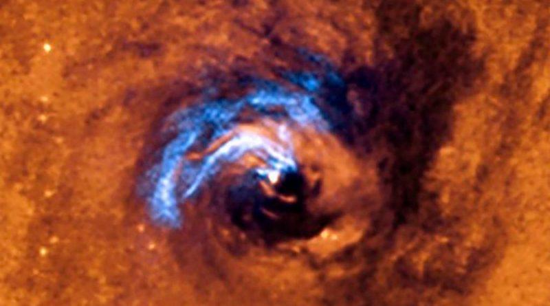 Descubren científicos cómo se alimenta un agujero negro [VIDEO]