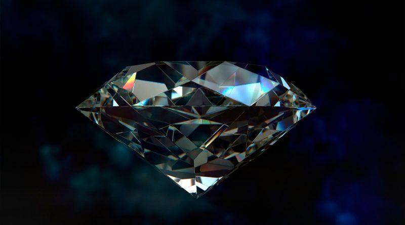 ¡Asombroso! Equipo de investigación crea un cristal mucho más resistente que un diamante