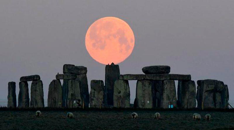 Un trozo de piedra revela nuevos secretos sobre Stonehenge