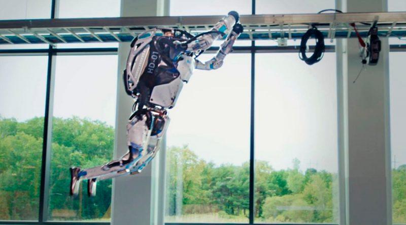 Impresionante: el robot Atlas de Boston Dynamics ya da saltos mortales