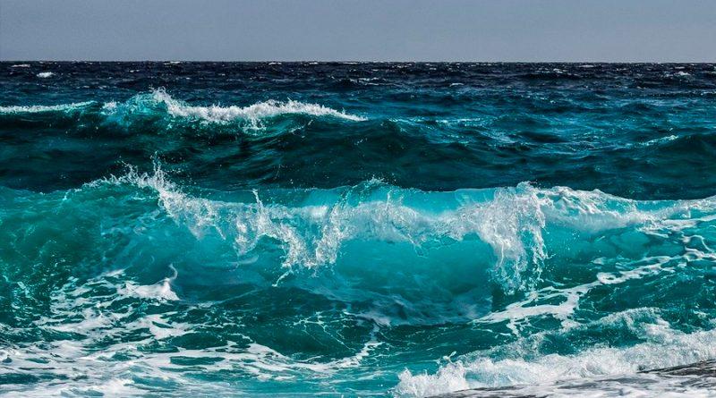 Científicos coreanos crean tecnología que elimina el 99.9% de la sal en el agua de mar