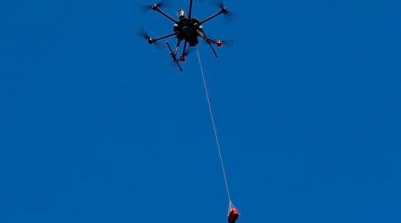 Los drones, más efectivos que las ambulancias para llevar desfibriladores en casos de paro cardiaco