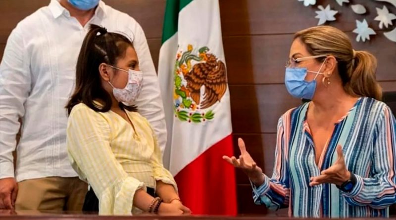 Niña mexicana de 10 años estudia dos ingenierías y tiene un cociente intelectual superior al de Einstein y Hawking