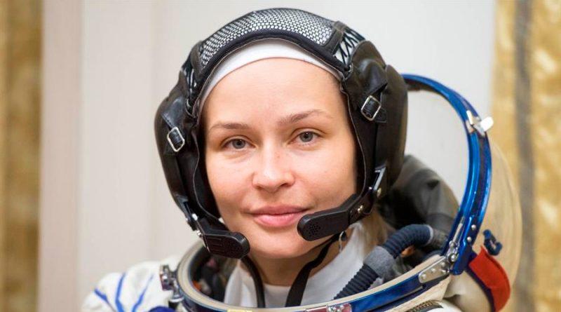 Actriz rusa se somete al último examen antes de rodar el primer film en el espacio