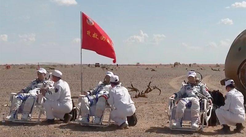Tres taikonautas regresan tras 3 meses en la estación espacial china