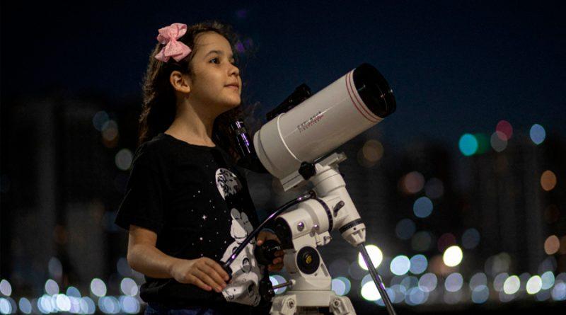 La astrónoma más joven del mundo: Niña de 8 años ha logrado encontrar 18 asteroides a su corta edad