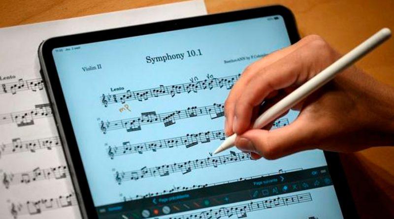 Inteligencia artificial completa la inacabada Décima Sinfonía de Beethoven
