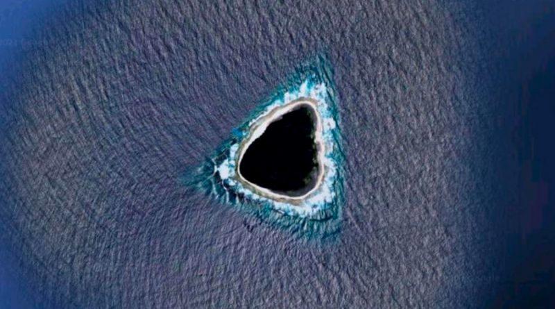 Google Maps muestra un raro 'agujero negro' en el océano Pacífico